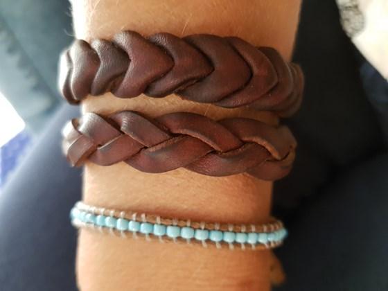 ef2590156a6f Pulseras de cuero hechas a mano - Artesanum