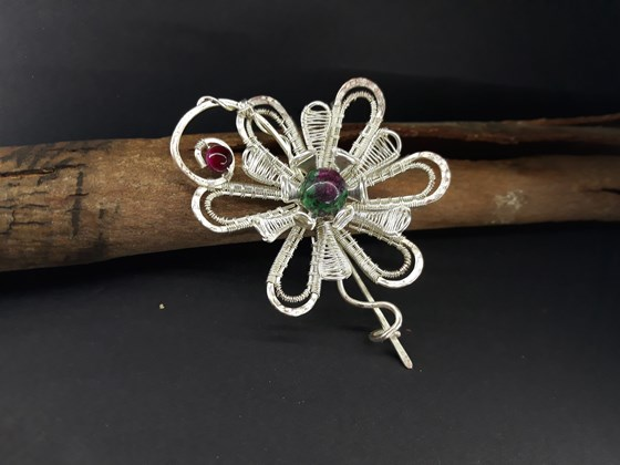 Flower hair slide silvering for special event.