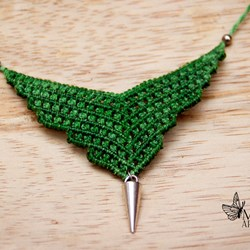 Collar verde. Collar hilo encerado. Necklace. Jewery.