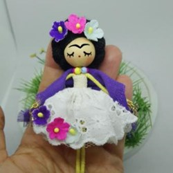 Frida Kahlo Broche