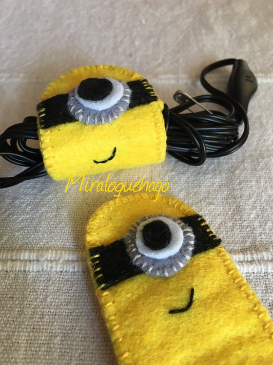 Recogecables Minion