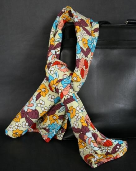 Pañuelo De Señora Estampado * Patterned Woman Scarf