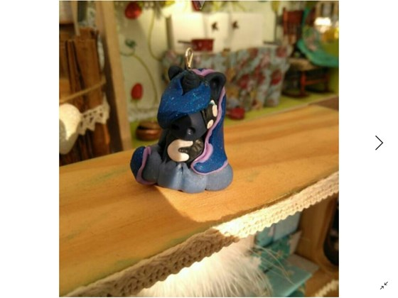 collar princesa Luna(my little pony)