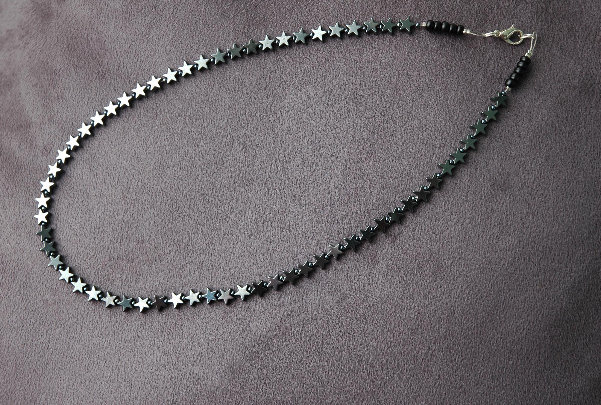 ce718ff73f49 ... Collar de piedras preciosas de hematita STARS II   STARS II hematite  gemstone necklace collier